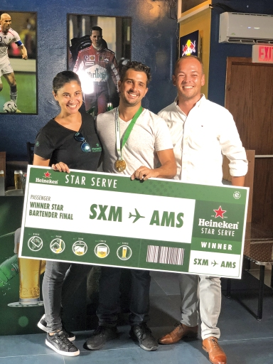 Victor from Buffalo Wings wins Heineken Bartending Contest St Maarten 2018